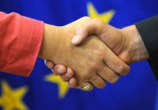 В Украине учатся брать взятки по-европейски. Это успех.