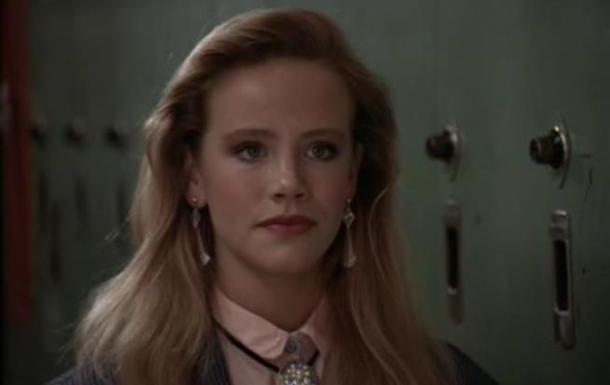 В возрасте 43 лет умерла актриса Аманда Петерсон