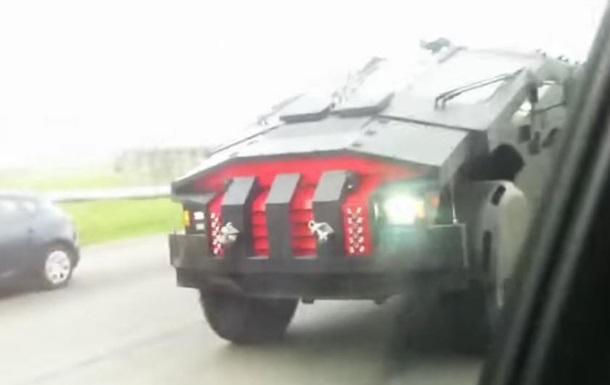 Секретный российский броневик  Каратель  заметили на дорогах