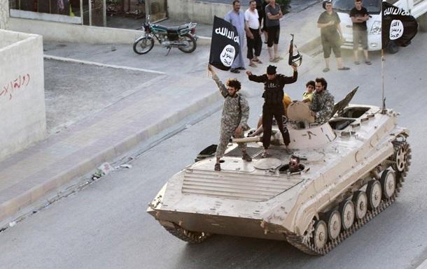 В ФБР насчитали более 200 американцев, пытавшихся вступить в ряды ИГ