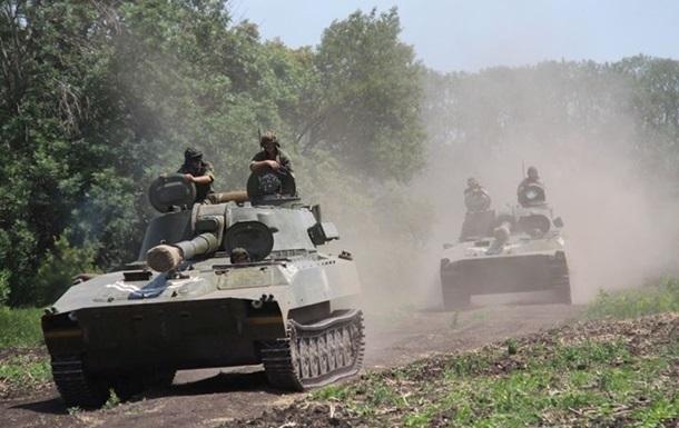 Сепаратисты прорываются в тыл к силовикам. Карта АТО за 12 июля