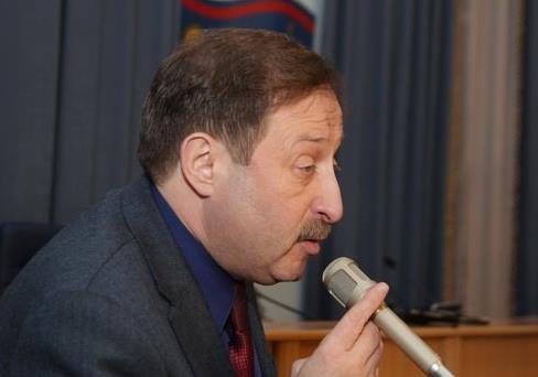 Екс-регіонал Роман Аксельрод розпочав рейдерський захват вінницького коледжу