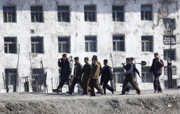 Рабы  из КНДР на стройках Владивостока - репортаж