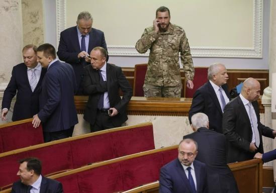 186 депутатов получили финансовую компенсацию за аренду жилья