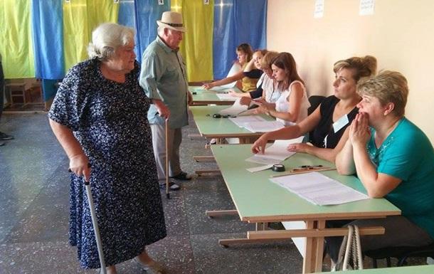 ЦИК начала подсчет голосов на выборах в Чернигове