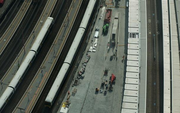 В Англии поезд столкнулся с коровами и сошел с рельс