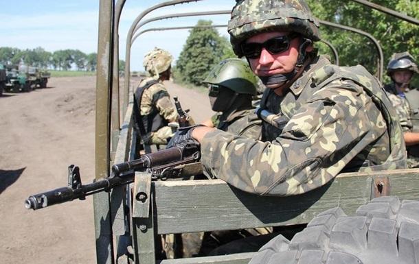 Порошенко рассказал об элитных войсках в Мариуполе