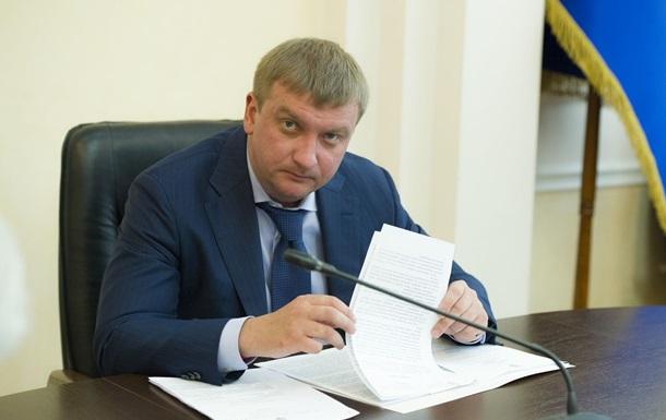 Минюст просит ЦИК не допускать коммунистов к местным выборам