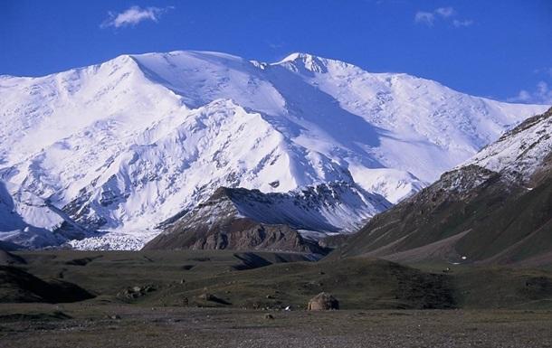 В Кыргызстане погибли три российских альпиниста