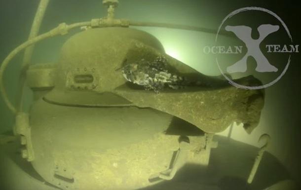 Швеция показала видео погружения к затонувшей российской подлодке