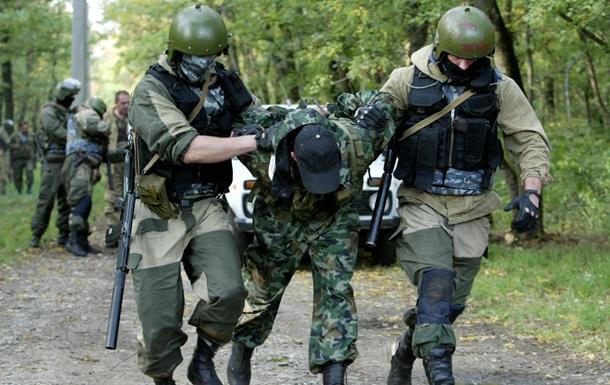 Снайпера ЛНР, застрелившего полицейских, подозревают в убийстве в Абхазии