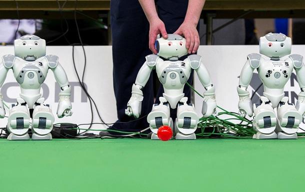 Японцы научили робота NAO играть в приставку на уровне с человеком