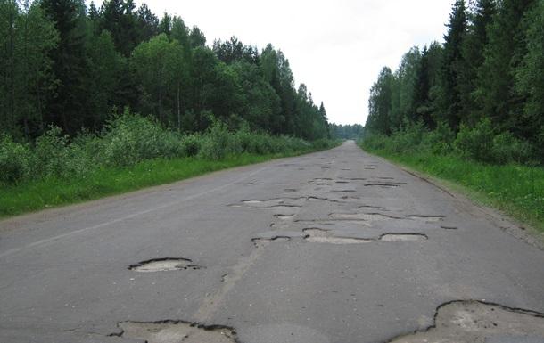 Укравтодор назвал 10 самых плохих автомагистралей Украины