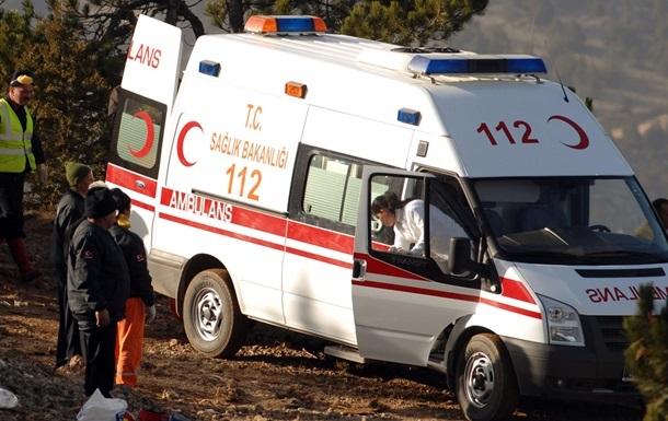 ДТП в Турции: погибли трое российских туристов, 23 ранены