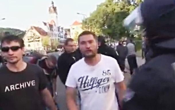 В Германии на улицу вышли сторонники  Новороссии  (ВИДЕО)