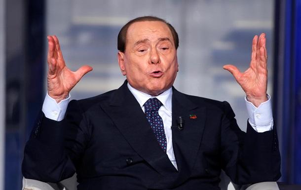 Берлускони: Только Муаммар Каддафи мог сохранить единство Ливии