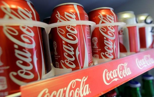 В Ялте  Кока-колу  и  Тархун  продают по паспортам