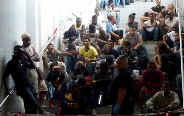 Глава МВД Германии предложил пересмотреть помощь беженцам