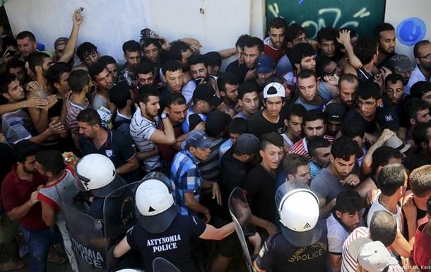 Мир переживает худший миграционный кризис со Второй мировой – Еврокомиссар