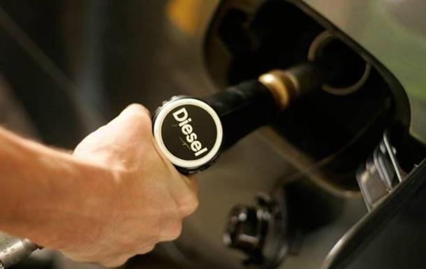 Дизельное топливо в Великобритании стало дешевле бензина впервые за 14 лет