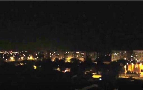 В Мариуполе слышны залпы тяжелого вооружения