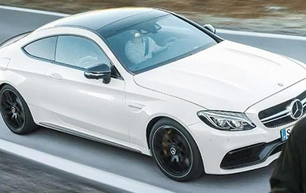 Mercedes видеотизером анонсировал новое  заряженное  купе