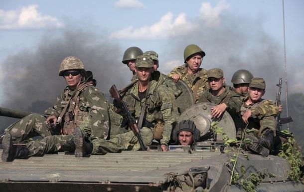 Сутки в АТО: силовики отмечают снижение обстрелов в Донбассе
