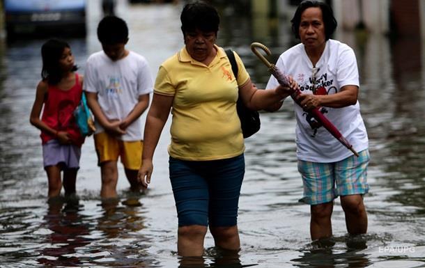 На Филиппинах погибли десять человек в результате тайфуна