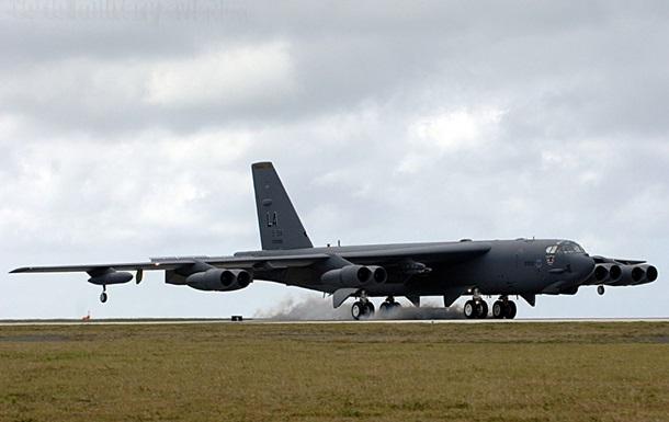 США готовятся перебросить в Южную Корею бомбардировщики - СМИ