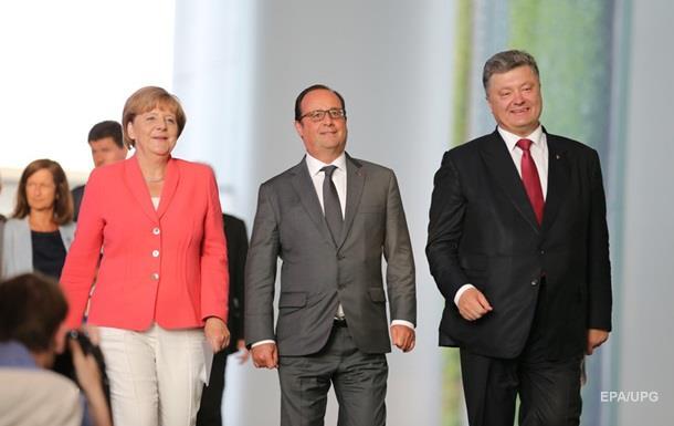 Порошенко в Берлине: сверка часов перед встречей с Путиным