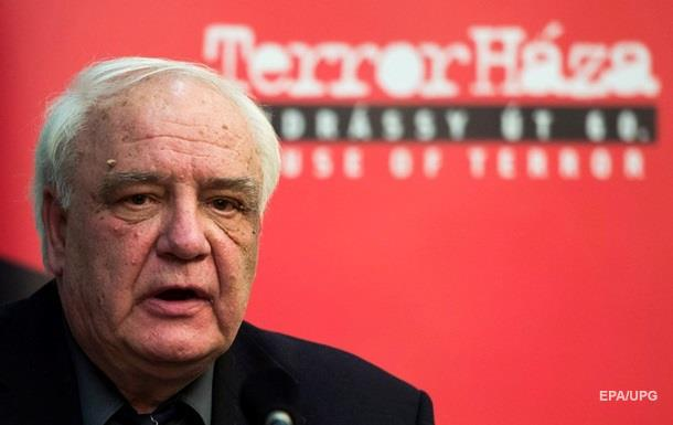 Советский диссидент Буковский подал иск против британской прокуратуры