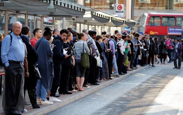 Забастовки в лондонском метро отложили до сентября