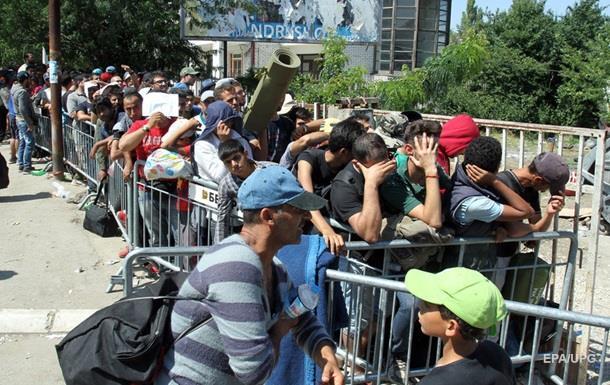 Венгерская стена  на границе с Сербией не внушает беженцам страха