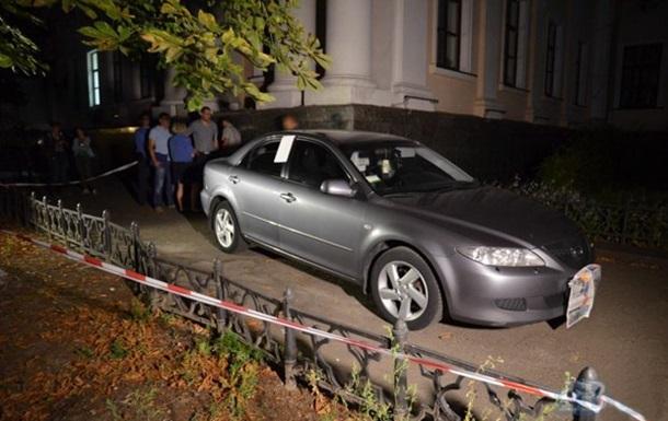 По авто замминистра образования стрелял сотрудник МВД – СМИ