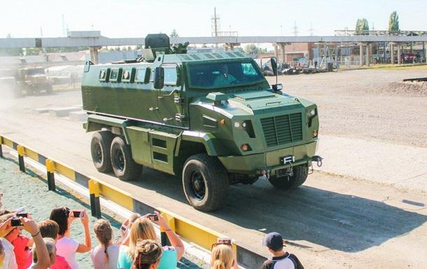 В Украине презентовали новую бронемашину КрАЗ Feona
