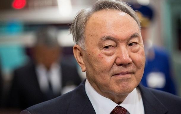 Назарбаев призвал отказаться от западных товаров