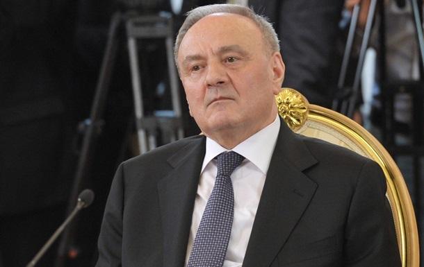 Глава Молдовы отказался уходить по требованию  майдана