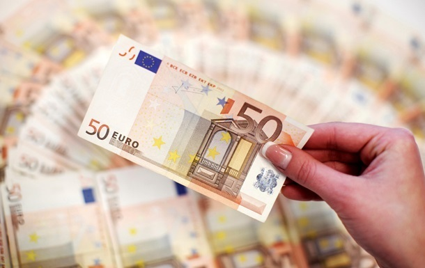 Правительство Польши одобрило выделение Украине кредита в 100 млн евро
