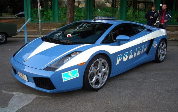В МВД опровергли покупку Lamborghini для полиции Киева