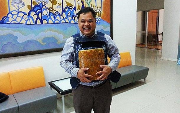 Бронежилет на основе коконов шелкопряда изобрели в Таиланде