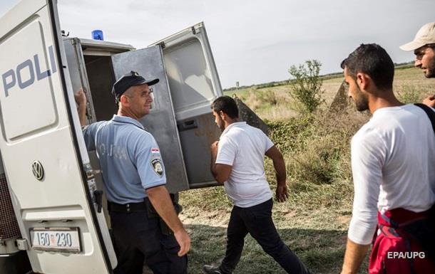 В Венгрии осудили первого беженца за нелегальное пересечение границы