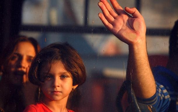 Мигранты-подростки в Италии вынуждены торговать собой - репортаж