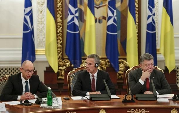 Кремль заявил о контрмерах при приближении НАТО к границам