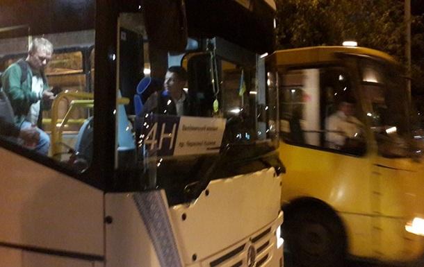 Ночные маршрутки Львова будут работать до конца года