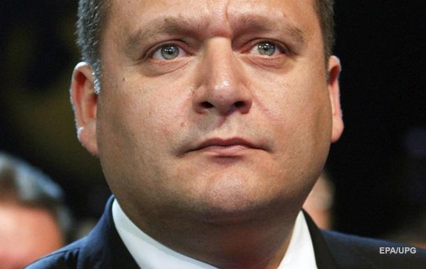 Добкин заявил, что увезет семью из Украины
