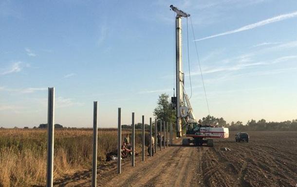 Венгрия начала строить ограждения на границе со Словенией