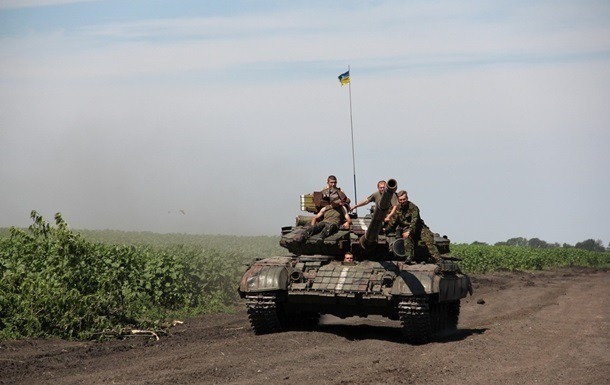 Сутки в АТО: обстрелы вблизи Донецка и Артемовска