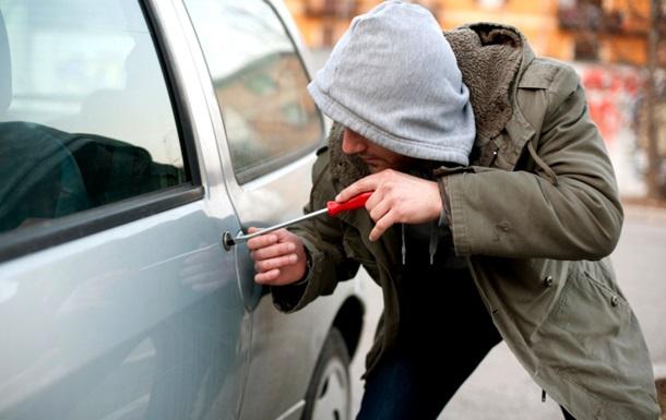 В Одессе подросток угнал шесть авто, чтобы покататься