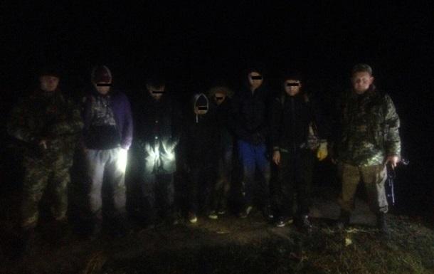 На границе с Венгрией задержали нелегальных мигрантов из Сирии