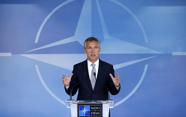 Для вступления в НАТО Украина должна модернизировать армию - генсек